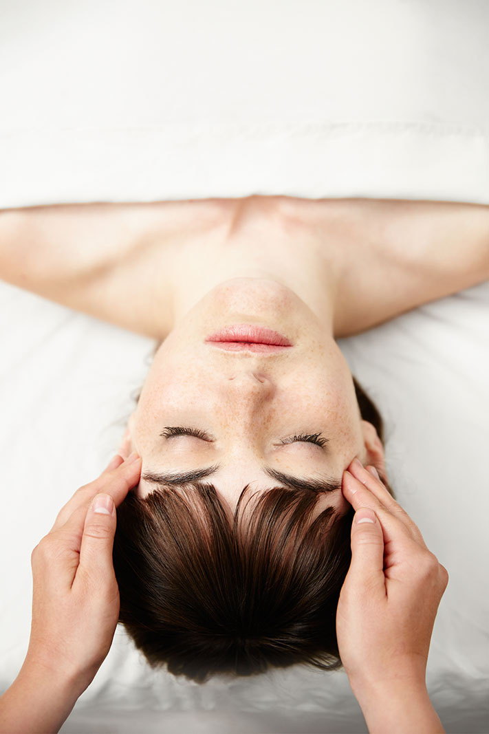 Facial massage spa treatment