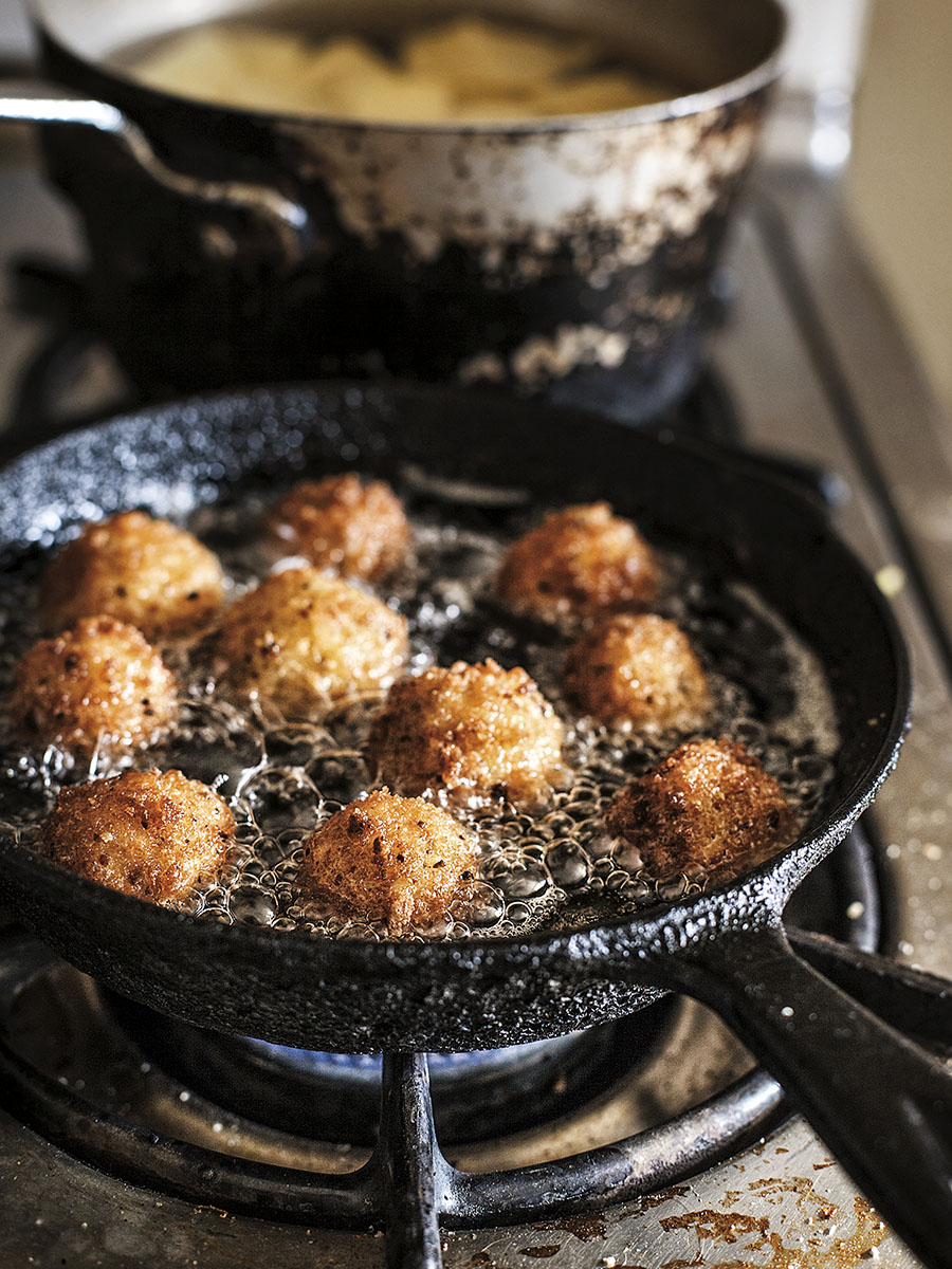 Pan Fried Meatballs | Dovis Bird Agency Photography
