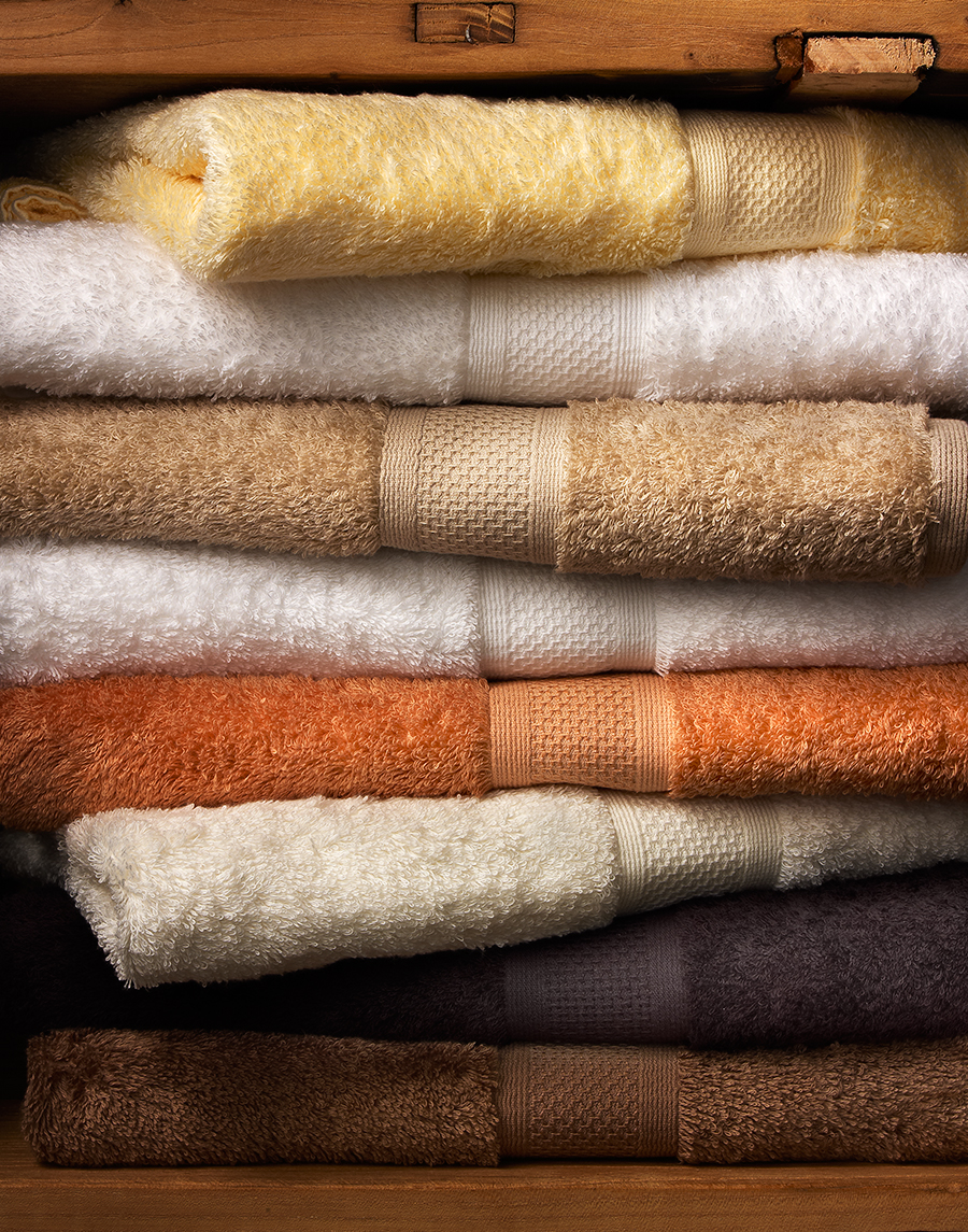 Bathroom towels in linen closet | Dovis Bird Agency