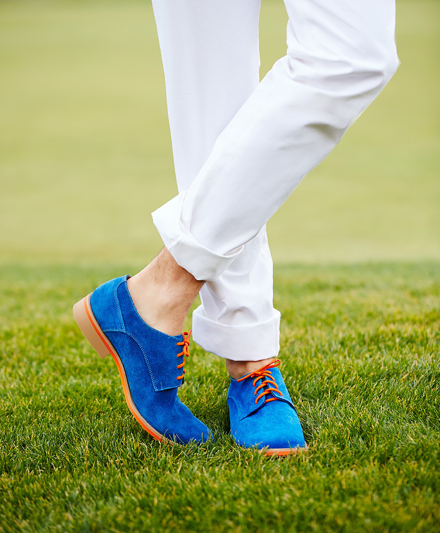 Blue suede shoes  | Dovis Bird Agency Photography