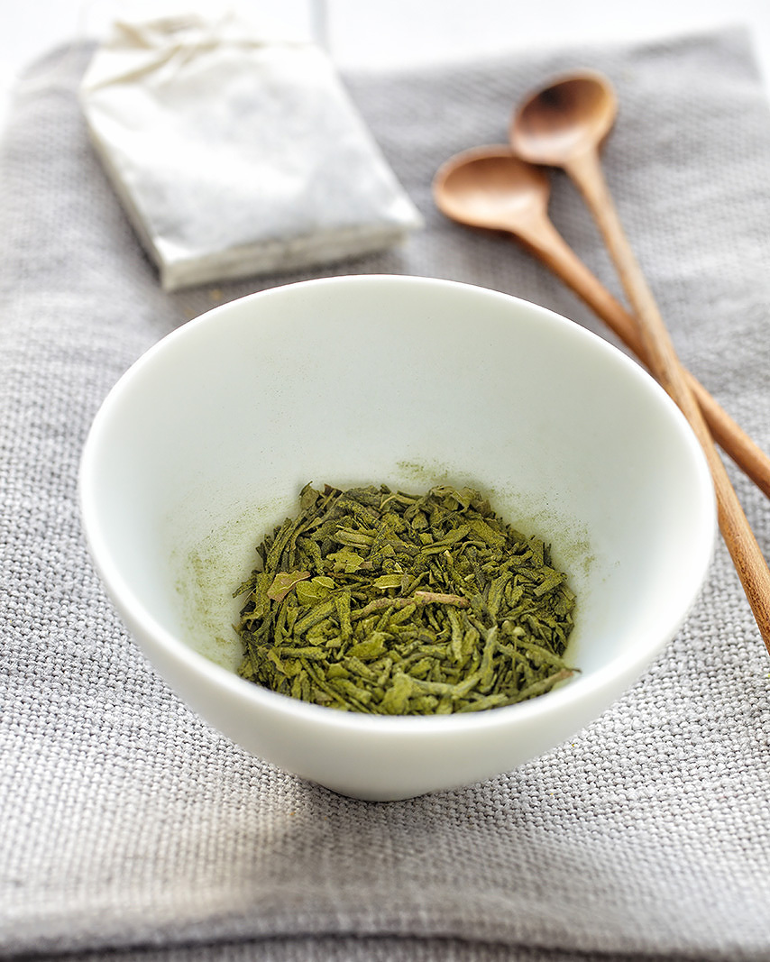 Freshly ground Herbs in Bowl  | Dovis Bird Agency Photography