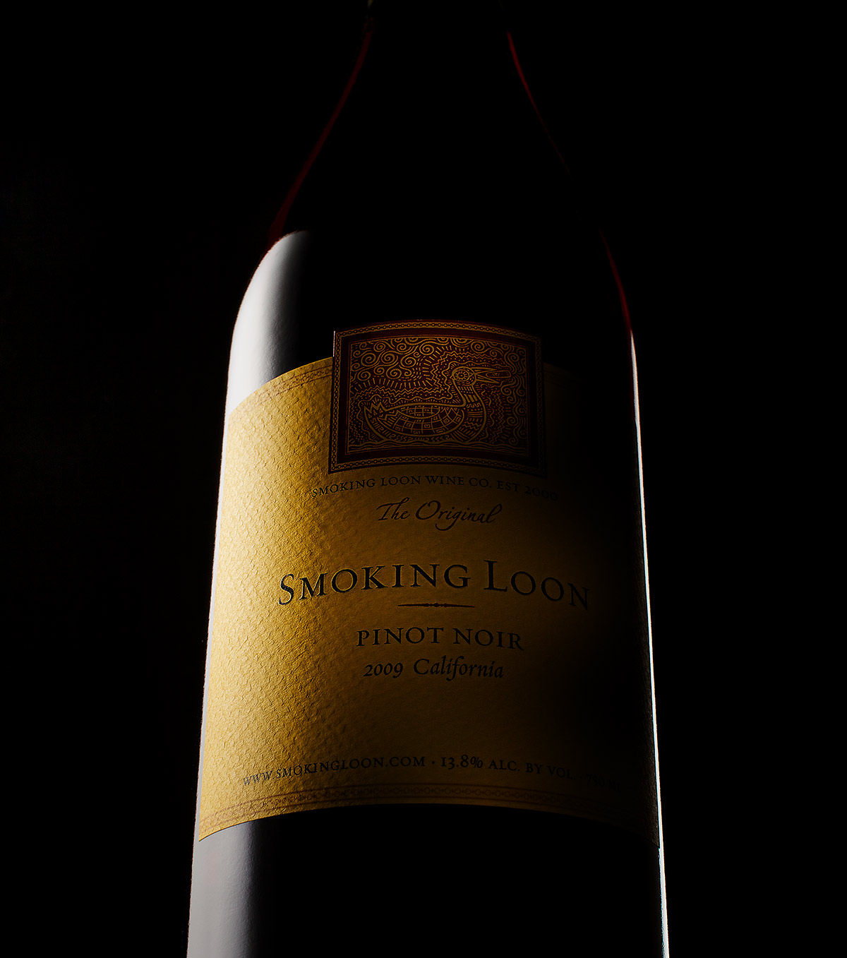 Smoking Loon Pinot Noir Wine Bottle | Dovis Bird Agency Reps
